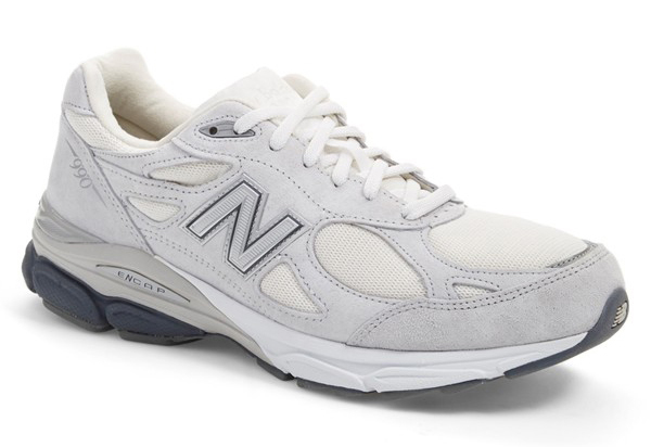 new-balance-grey-gigantic-1